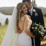 งานแต่งงานในไร่องุ่นส่วนตัวภายใต้แสงดาว